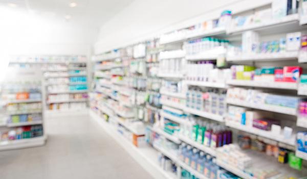 Zezwolenie na prowadzenie apteki posiadane przez spółkę prawa handlowego…